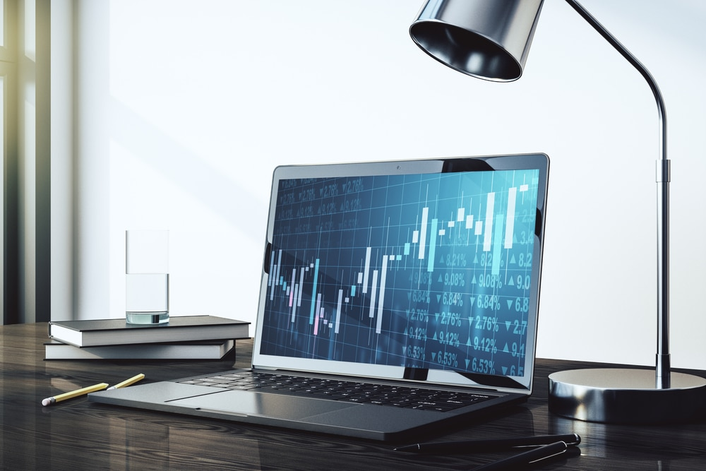Should New Traders Consider a Cent or Standard Account in Forex?